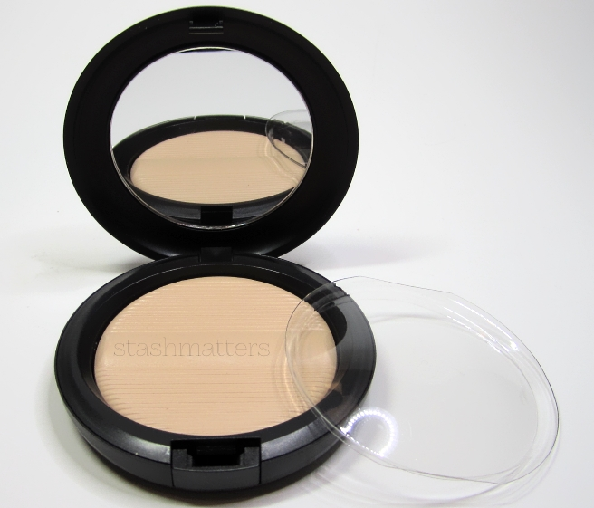 MAC_Studio_Sculpt_Defining_Powder4